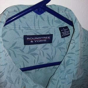Roundtree & Yorke shortsleeve shirt size large
